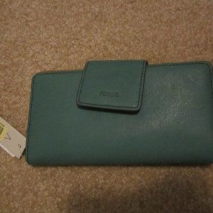 Fossil RFID wallet In green New